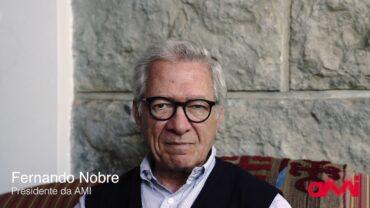 Un médecin portugais de renommée internationale se prononce contre la vaccination contre le Covid chez les enfants