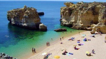 """Albufeira en tête de liste avec le plus de plages """"d'or"""""""