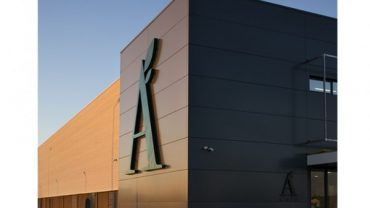 "Apolónia ouvre à Lagoa son magasin ""le plus grand et le plus moderne"""