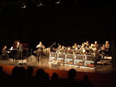 Jazz et feu d'artifice à Carvoeiro
