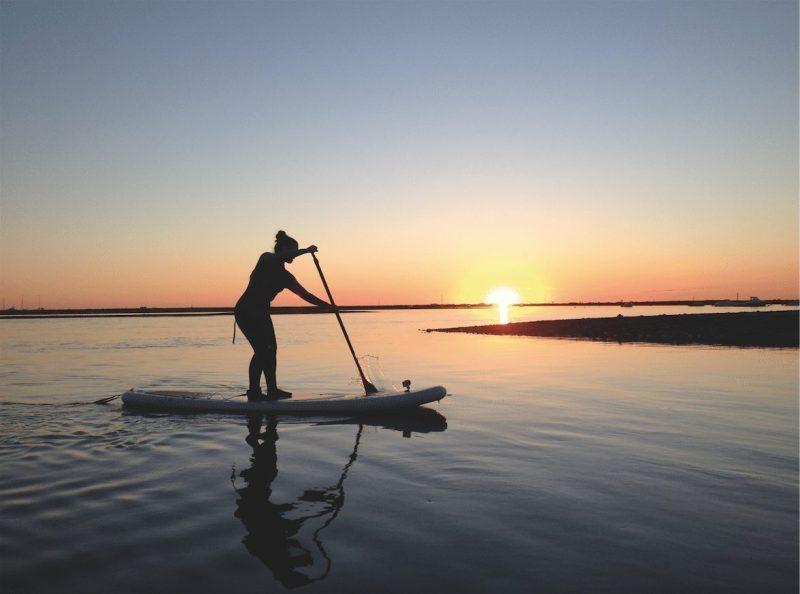 """""""Stand-up paddle"""":  le nouveau roi des sports nautiques"""