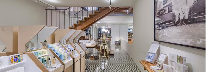 130 ans plus tard, Claus Porto ouvre enfin une boutique phare à Porto