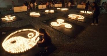 Le marché des cultures… à la lumière des bougies