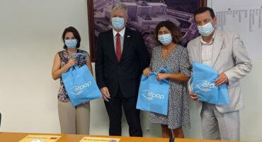 Dépliant d'information sur les urgences hospitalières présenté au groupe hospitalier CHUA Algarve