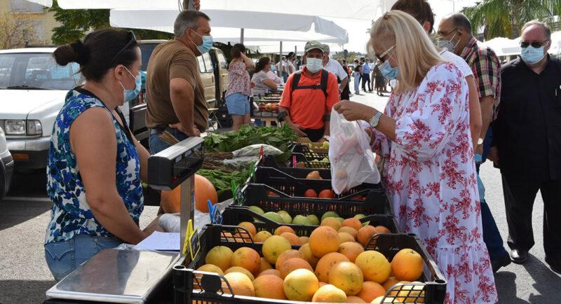 Le nouveau marché d'Almancil met en valeur les produits locaux