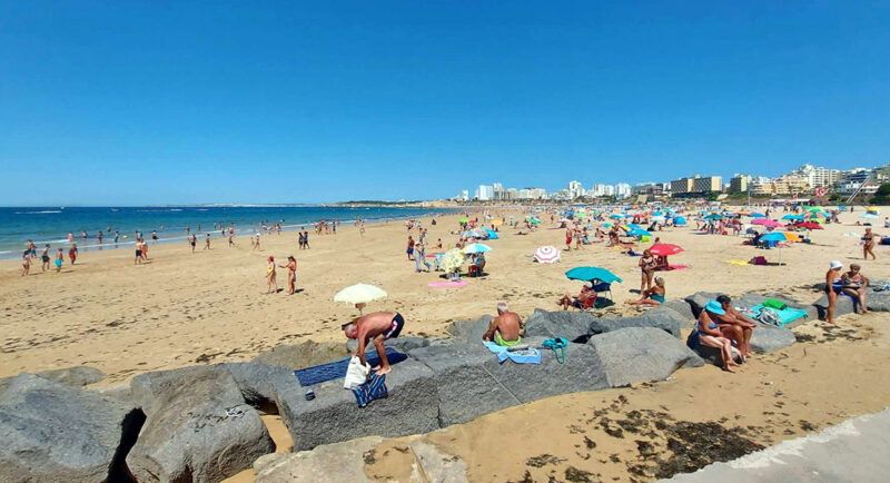 Les touristes portugais arrivent en force en Algarve… mais pas assez pour combler le vide laissé par les étrangers