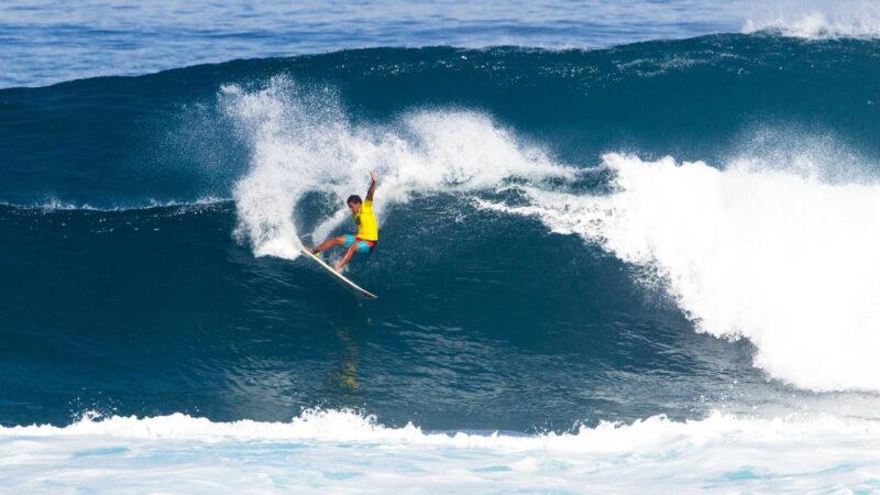 Un surfeur hawaïen transporté par avion à l'hôpital après un accident à Peniche