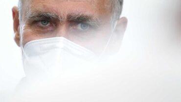 Mission accomplie: le groupe de travail sur la vaccination contre le Covid se dissout alors que plus de 84% du pays sont complètement piégés