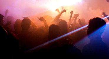 Les propriétaires de discothèques de l'Algarve déplorent « un autre été perdu »