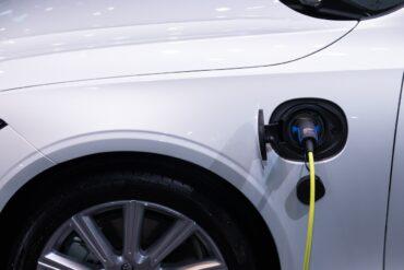 Les voitures hybrides importées au Portugal depuis 2019 pourraient faire l'objet d'une récupération fiscale de 75 %